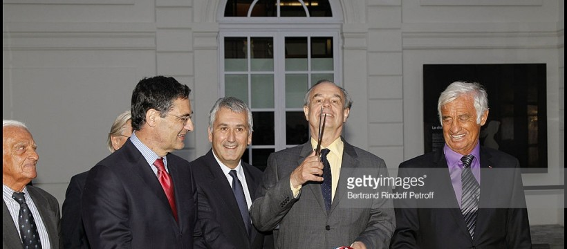 ALAIN BELMONDO, PATRICK DEVEDJIAN (PRESIDENT DU CONSEIL REGIONAL DES HAUTS DE SEINE ET MINISTRE DE LA RELANCE), PIERRE CHRISTOPHE BAGUET (DEPUTE MAIRE DE BOULOGNE BILLANCOURT), FREDERIC MITTERRAND, JEAN PAUL BELMONDO - INAUGURATION OFFICIELLE DU MUSEE PAUL BELMONDO PAR LE MINISTRE DE LA CULTURE ET DE LA COMMUNICATION, FREDERIC MITTERRAND, A BOULOGNE BILLANCOURT. LE MUSEE OUVRIRA SES PORTES LE 18 SEPTEMBRE  OFFICIAL OPENING FOR PAUL BELMONDO MUSEUM, BY FRENCH CULTURE MINISTER FREDERIC MITTERRAND, IN BOULOGNE BILLANCOURT, NEAR PARIS. IT WILL OPEN ON 2010, SEPTEMBRE, 18th