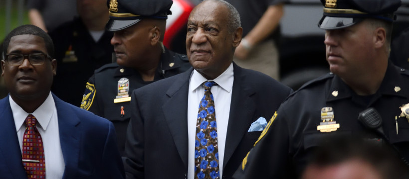 US Entertainer Bill Cosby arrives for a scenting hearing at the Montgomery County Courthouse, in Norristown, PA, on September 24, 2018. Cosby appears before Judge Steven O'Neil after a jury found the 81 year old entertainer guilty of three counts of aggravated indecent assault in a April 2018 retrial. (Photo by Bastiaan Slabbers/NurPhoto via Getty Images)